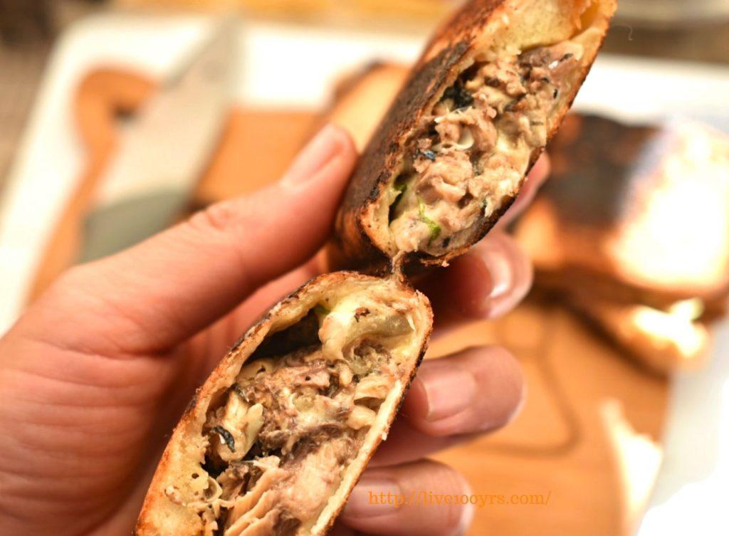サバ缶とカレーチーズのホットサンドレシピ、断面図です