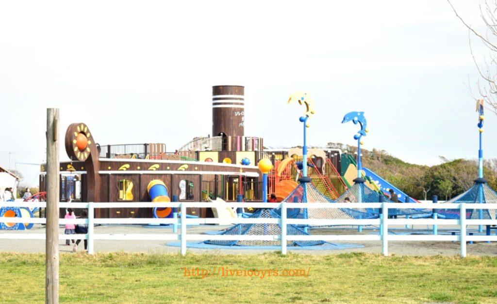 ソレイユの丘大型遊具