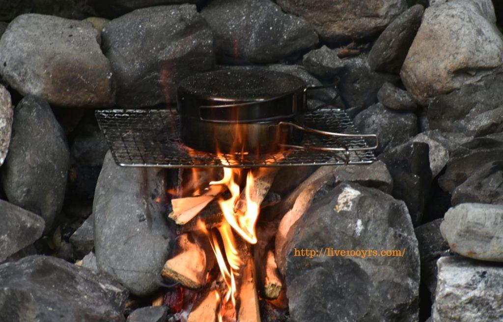 氷川キャンプ場は直火が可能です。